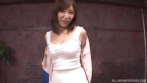 Solitary Japanese cutie Hirai Nanako spreads her arms all round masturbate