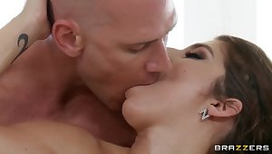 After a hot massage horny bitch will abominate penetrated!
