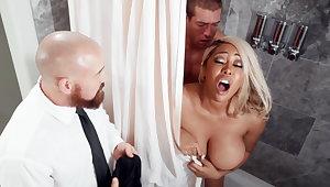 Handy wedding day bride fucks trio