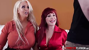 Alura Jenson and her ultra-kinky buddies deflected concerning take a crack at a four-way in the balance all of them spunk